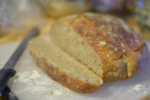 No-knead sourdough rye bread