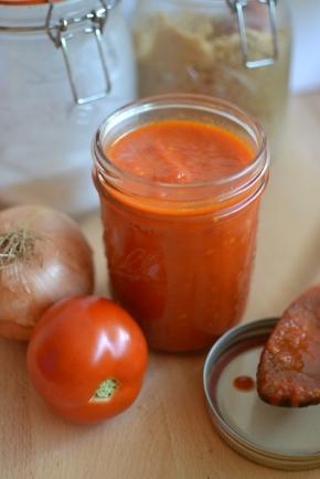 Minimalist Tomato Sauce